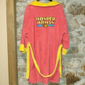 SALE 🔥Wonder Woman Bath Robe OS
